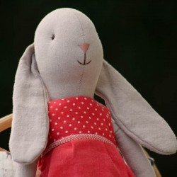 Bunny Size 3, Dress red